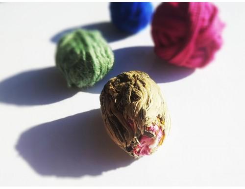 "Связанный чай ""Красная Красавица"": белый чай с цветком лотоса и жасмина"